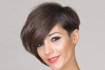 Hairstyles for Summer Asymmetric Cuts