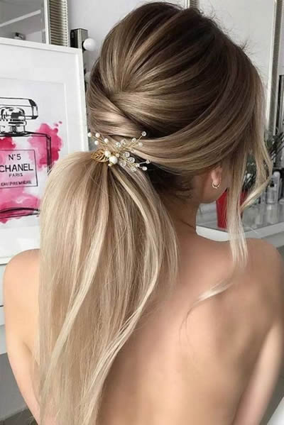 Hairstyles for Weddings The chic ponytail
