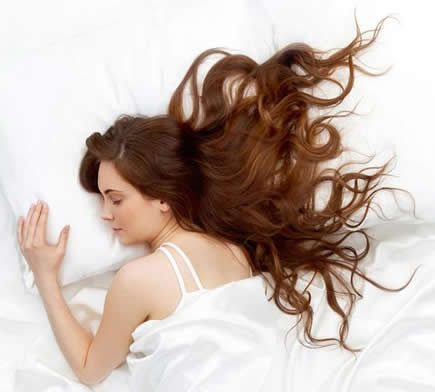 How to sleep with hair extensions
