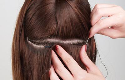 Como cuidar las extensiones de cabello cosidas o tejidas