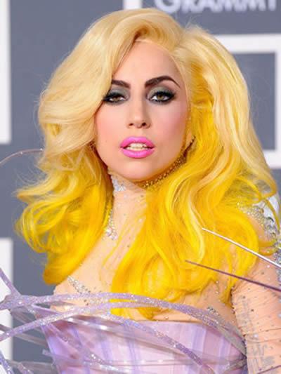 Lady Gaga con Extensiones de Cabello