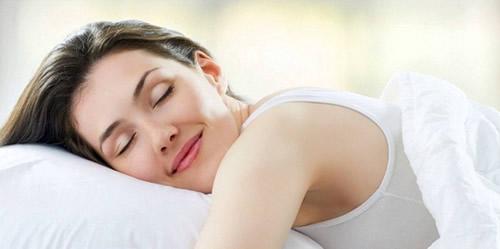 Como dormir con extensiones de pelo